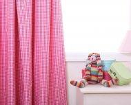 Zaslonki i girladny do pokoju dziecka